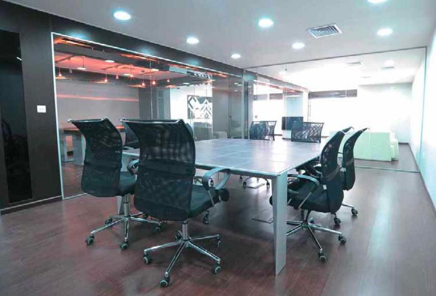 I mobili per ufficio che vi piacciono for Arredi per ufficio milano