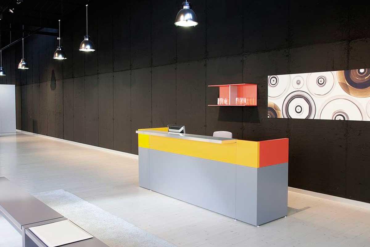 Mobili ed arredi per ufficio a milano pareti divisorie for Grandi arredi mobili