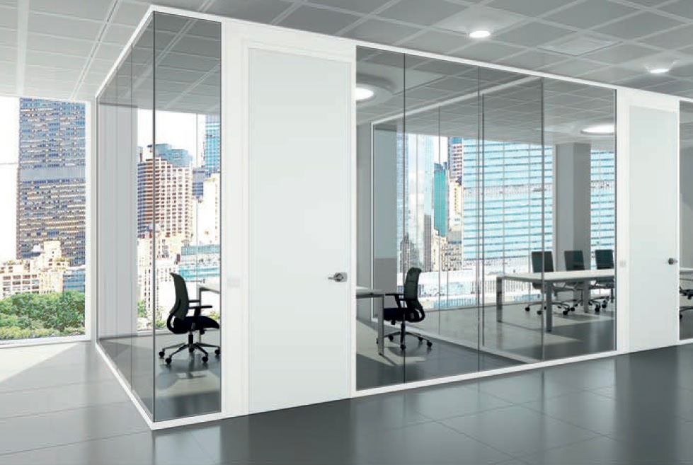 Come arredare il mio ufficio: l'era delle pareti divisorie monovetro.