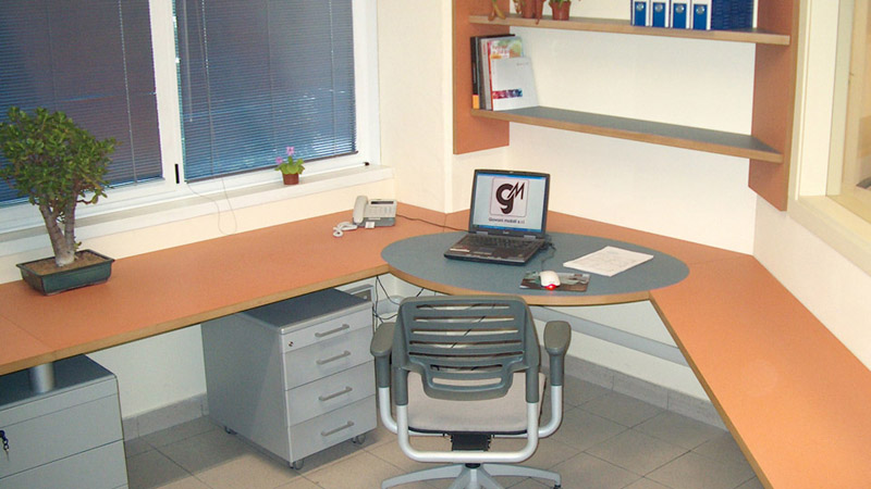 Arredamento per ufficio su misura milano for Arredamento click