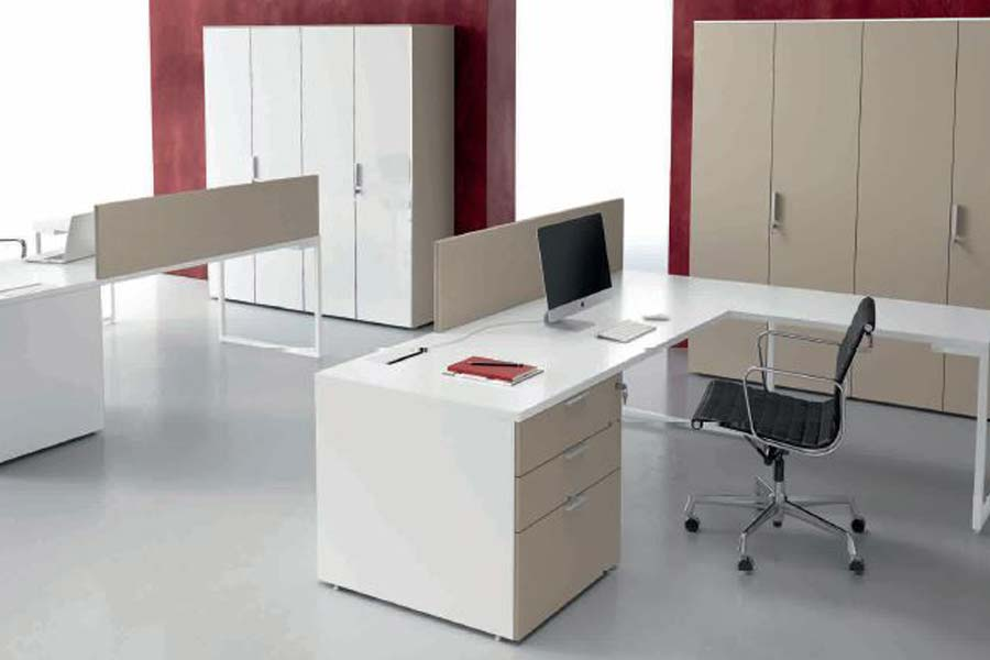 Lavorare in un coworking e ufficio con alta connettività e wi fi