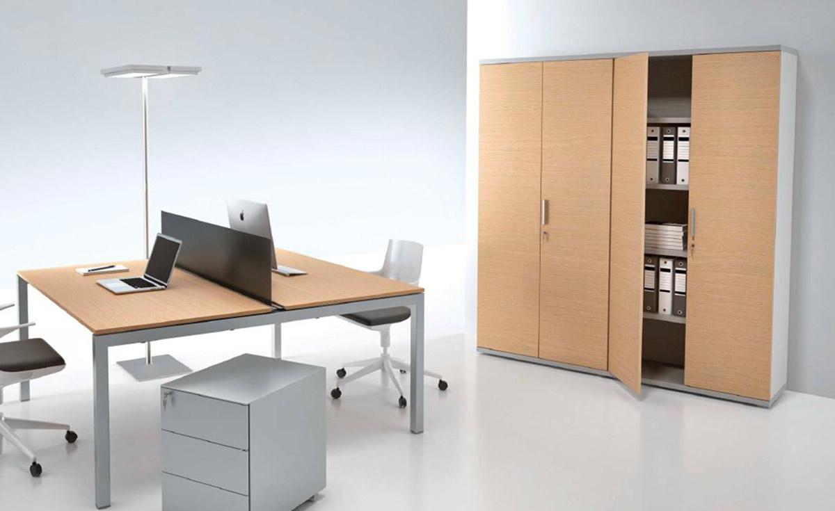 Armadi ufficio milano armadi metallici in legno con for Armadi da ufficio